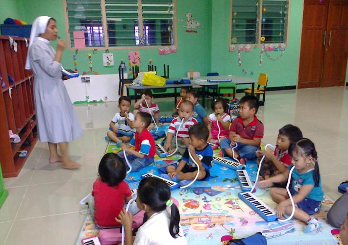 Giocare e imparare a Kasongan (Timor Ovest)