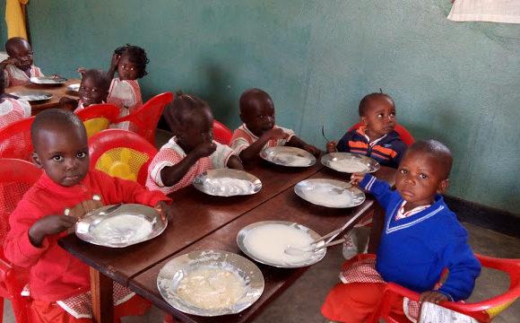 Congo: Sostegno a distanza per studiare, nutrirsi, curarsi