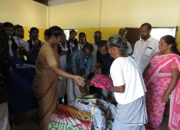 India: Kerala, le comunità canossiane aiutano e accolgono la popolazione