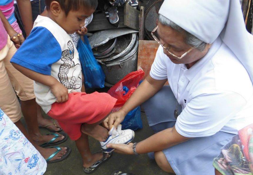 Il nostro impegno al servizio dei poveri non si ferma
