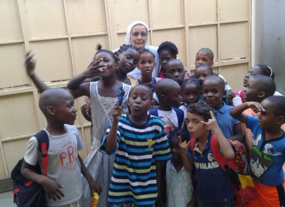 Luanda: il Covid non ferma la solidarietà – La lettera di m. Carla